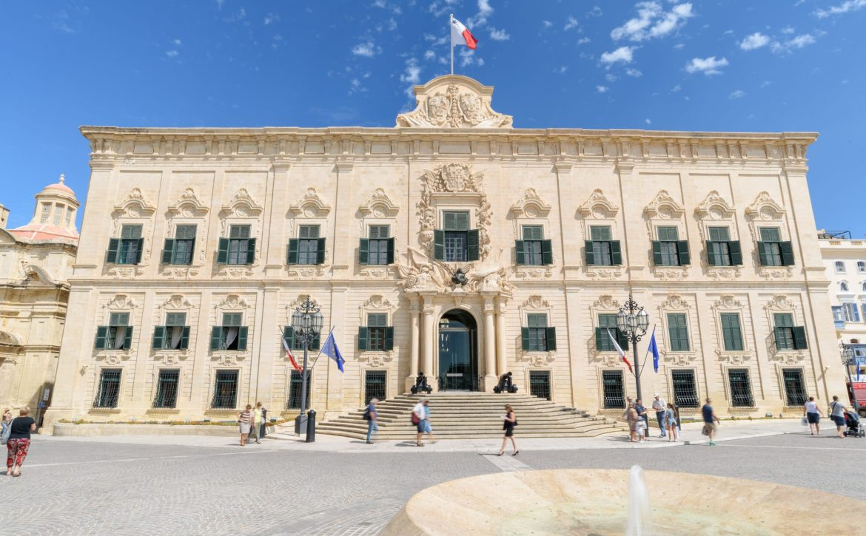 Valletta,,Malta,-,September,23,2016:,Auberge,De,Castille,Dates